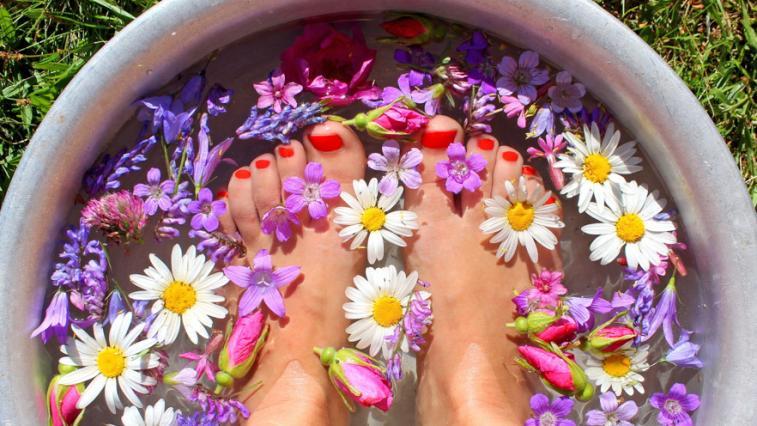 Výsledek obrázku pro koupel nohou